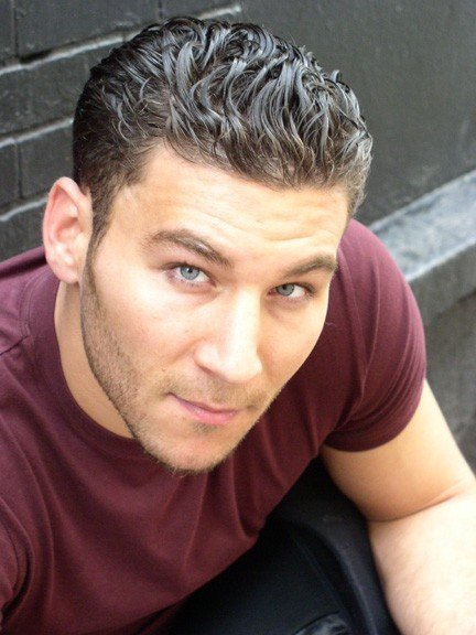 Zach McGowan - DvdToile